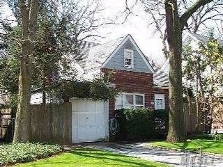 2 BR,  1.00 BTH  Cape style home in New Hyde Park